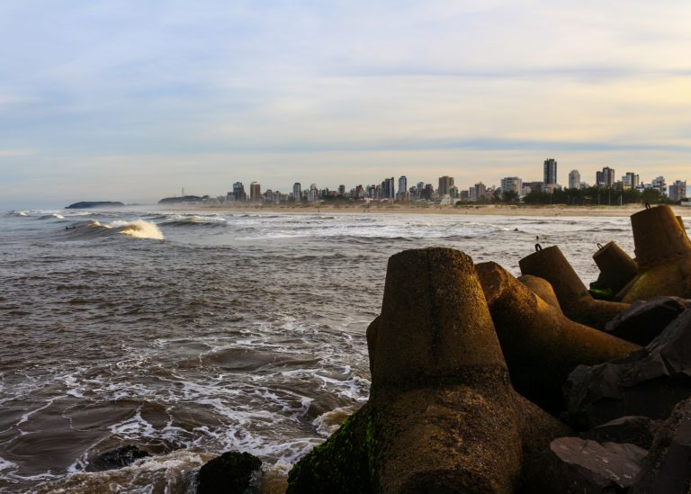 Praia dos Molhes (2)