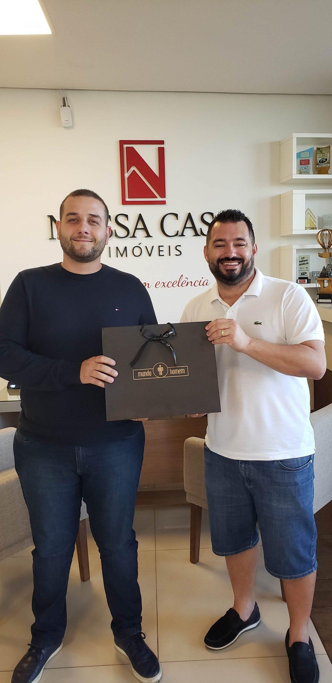 Jorel Klein foi premiado com um vale-compras do sócio Fabiano Silva