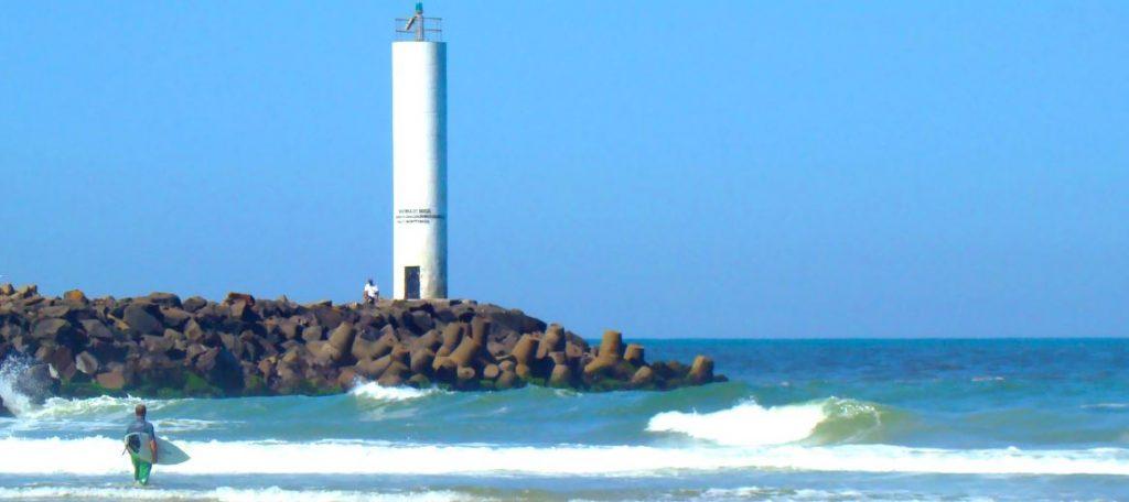 Praia dos Molhes Torres
